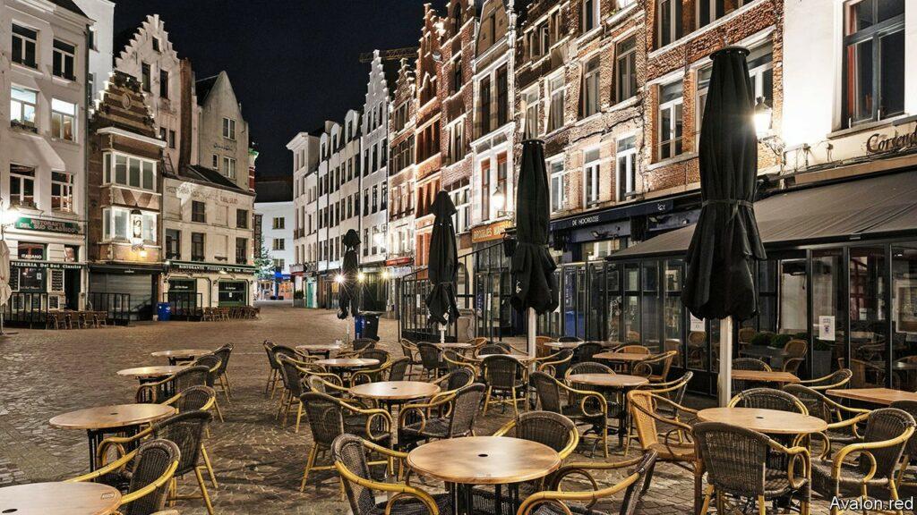 Closed bars in city in Belgium